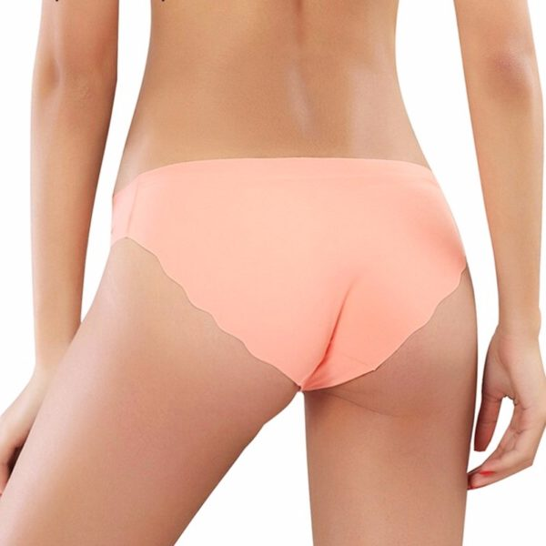 Bezešvé ultratenké dámské kalhotky