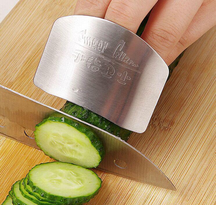 Ochranný ocelový kryt pro krájení ovoce a zeleniny