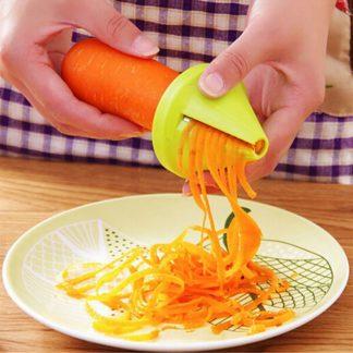Stylový spirálový kráječ na zeleninu
