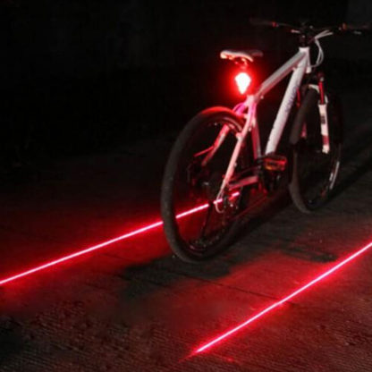 Zadní LED světlo na kolo s laserem červené