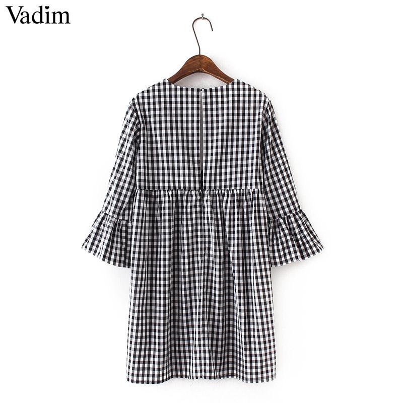 9015eca41 Elegantní dámské šaty Vadim QZ31 výstřih do V červeno bílé