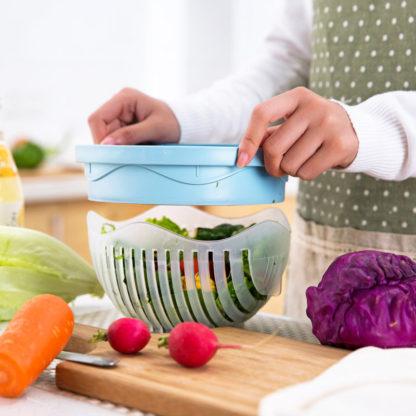 Miska pro snadné krájení zeleniny a salátu